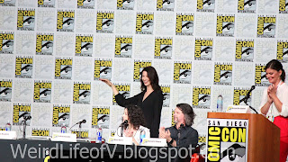 Caitriona Balfe arriving on stage for the Outlander Panel