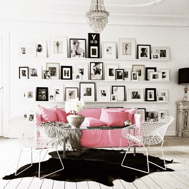 Change Up The Gray Couch With And Chic Black And White: Honey And Fizz: Home Tour