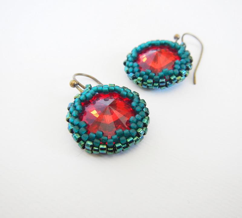 earring with siam ruby rivoli Swarovski