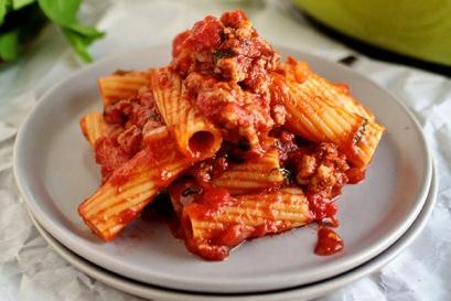 Pasta spicy tomato sauce recipe