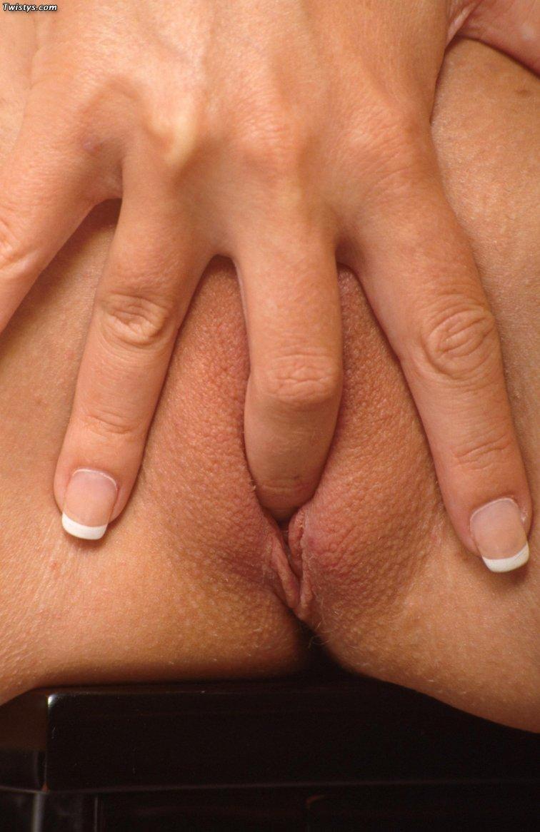 calli cox nude