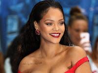 """""""Rihanna processa o próprio pai por explorar seu nome sem autorização"""""""