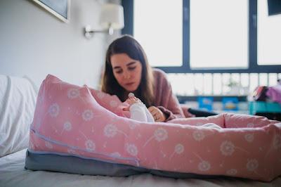 bebés sueño descansao incorporado cuña minicuña cuconest mimuselina mincuna colecho blog mimuselina tos y mocos