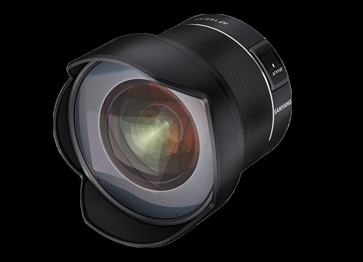 Объектив Samyang AF 14mm f/2.8 F, вид спреди