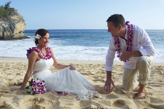 shipwreck beach wedding orchid lei Kauai destination wedding