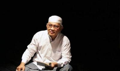 """""""Puisi: Nazar Ibu di Karbala (Karya Mustofa Bisri)"""""""