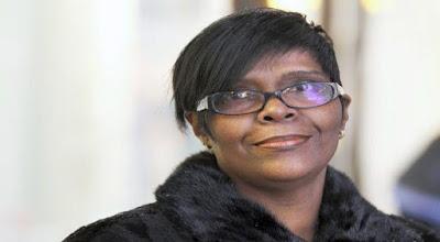 Terlalu Rajin Bekerja Wanita Ini Justru Dipecat