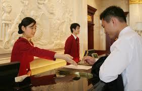 Tata Cara Menerima Tamu dan Melayani Tamu bagi Sekretaris dan Resepsionis Kantor dan Hotel