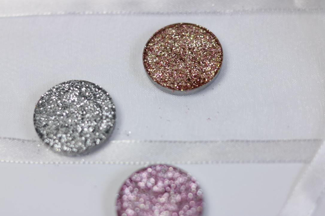 Daze cosmetics silver frost