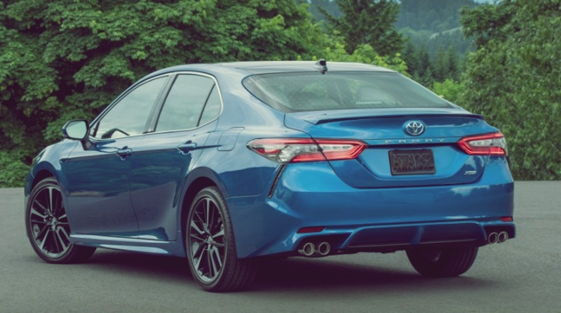 2018 Toyota Camry Hybrid, Price Se, Xle