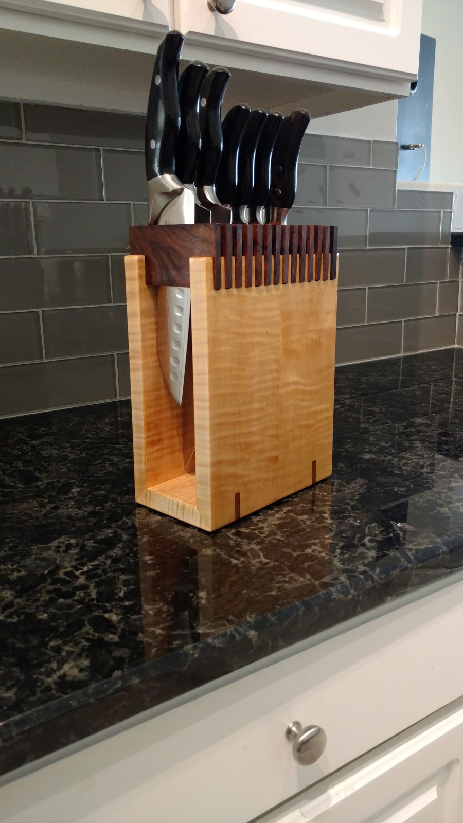 Justin S Wood Works Diy Walnut And Curly Maple Knife Block