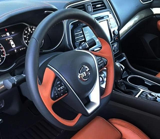 nissan-maxima-platinum-steering-wheel