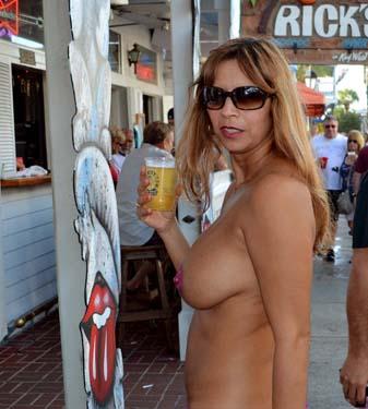 swinger wife at fantasy fest