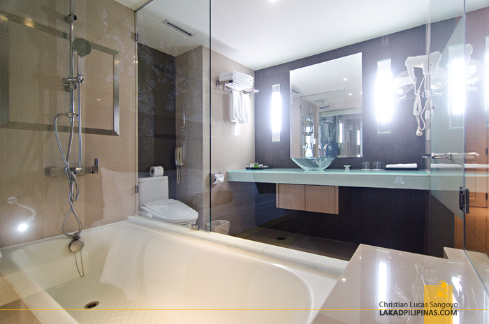 Windsor Suites Bangkok Sukhumvit Toilet & Bath
