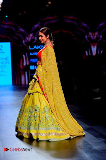 Bollywood Actress Malaika Arora Khan Walks on Ramp at LFW Summer 2017  0022.jpg