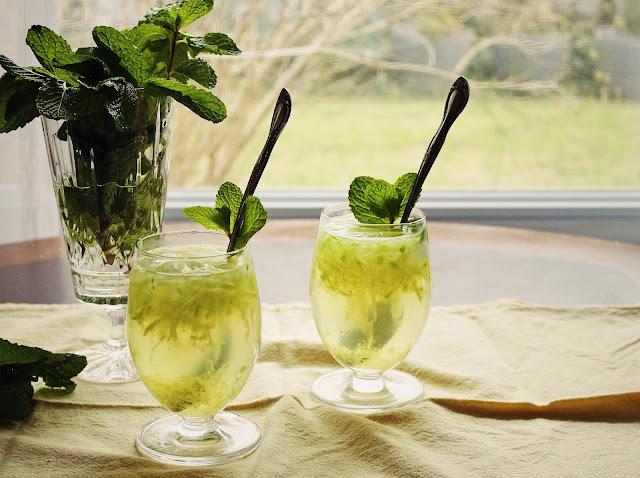 Iranian Vinegar Mint Syrup