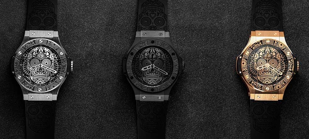 7c087c0cdb3a Dos manos esqueléticas anchas y (naturalmente) señalan las horas y los  minutos