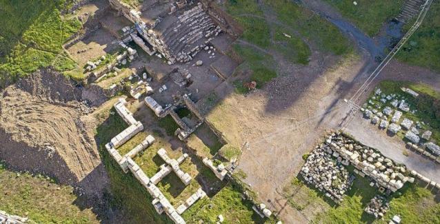 Αρχαίο ελληνικό θέατρο στη Σμύρνη έρχεται στο φως από αρχαιολόγους