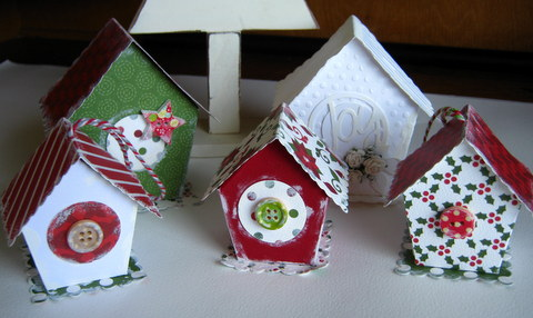 Christmas Birdhouses.Artfull Crafts Christine B Merry Christmas Birdhouses