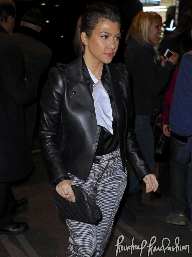 d28229416599d1 Daily Celebrity Style: Kourtney Kardashian Wearing Black & White ...