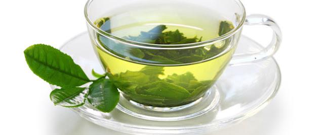 اشربوا الشاي الأخضر بعد الغداء