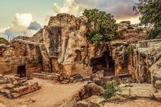 Μοναδική ανακάλυψη στους Τάφους των Βασιλέων στην Κύπρο - Δείτε το βίντεο