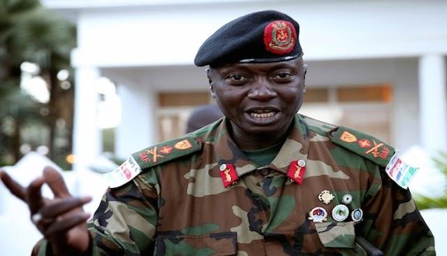 تدخل نيجيري افريقي في جامبيا بعد عدم تخلي رئيسها عن الحكم