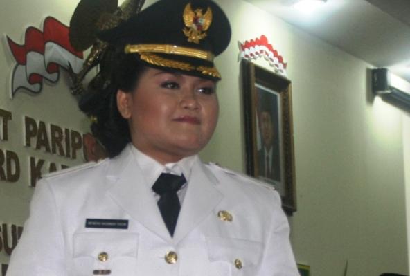 Profil Bupati Bekasi Neneng Hassanah Yasin