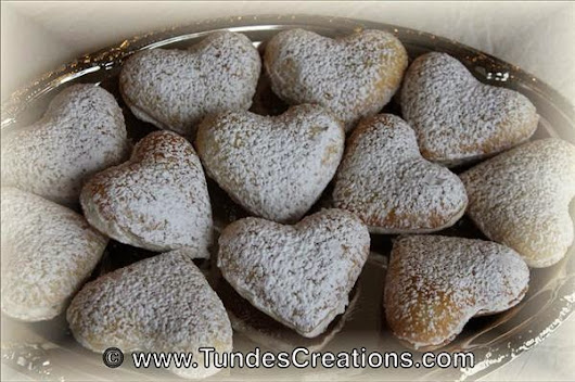 Heart cookies with coconut filling