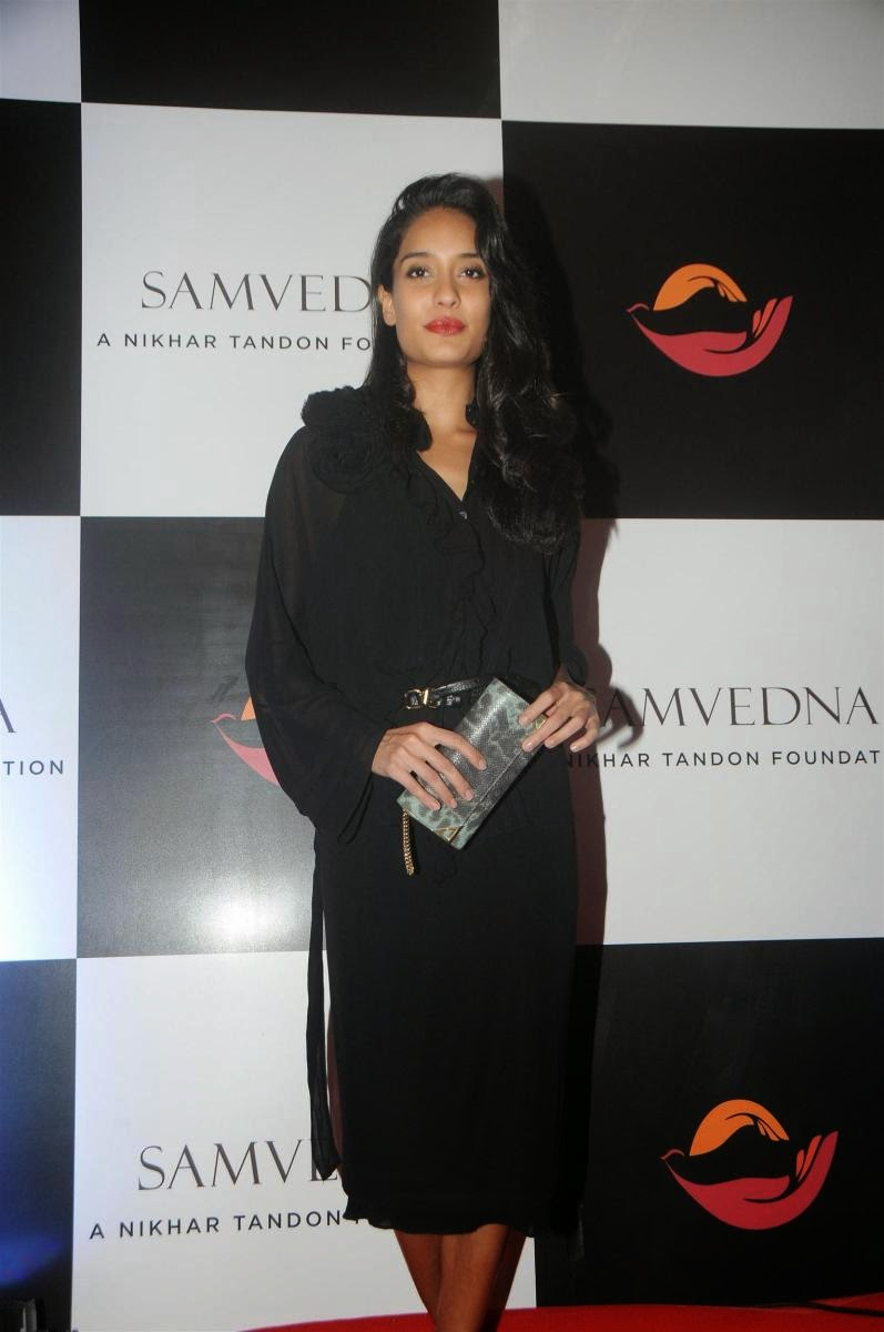 Celebrity Actress at Samvedna Charity Auction Photos