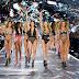 Victoria's Secret: Χαρές, κλάματα , τα σέξι Αγγελάκια  και oι δημιουργίες της  Μαίρης Κατράντζου