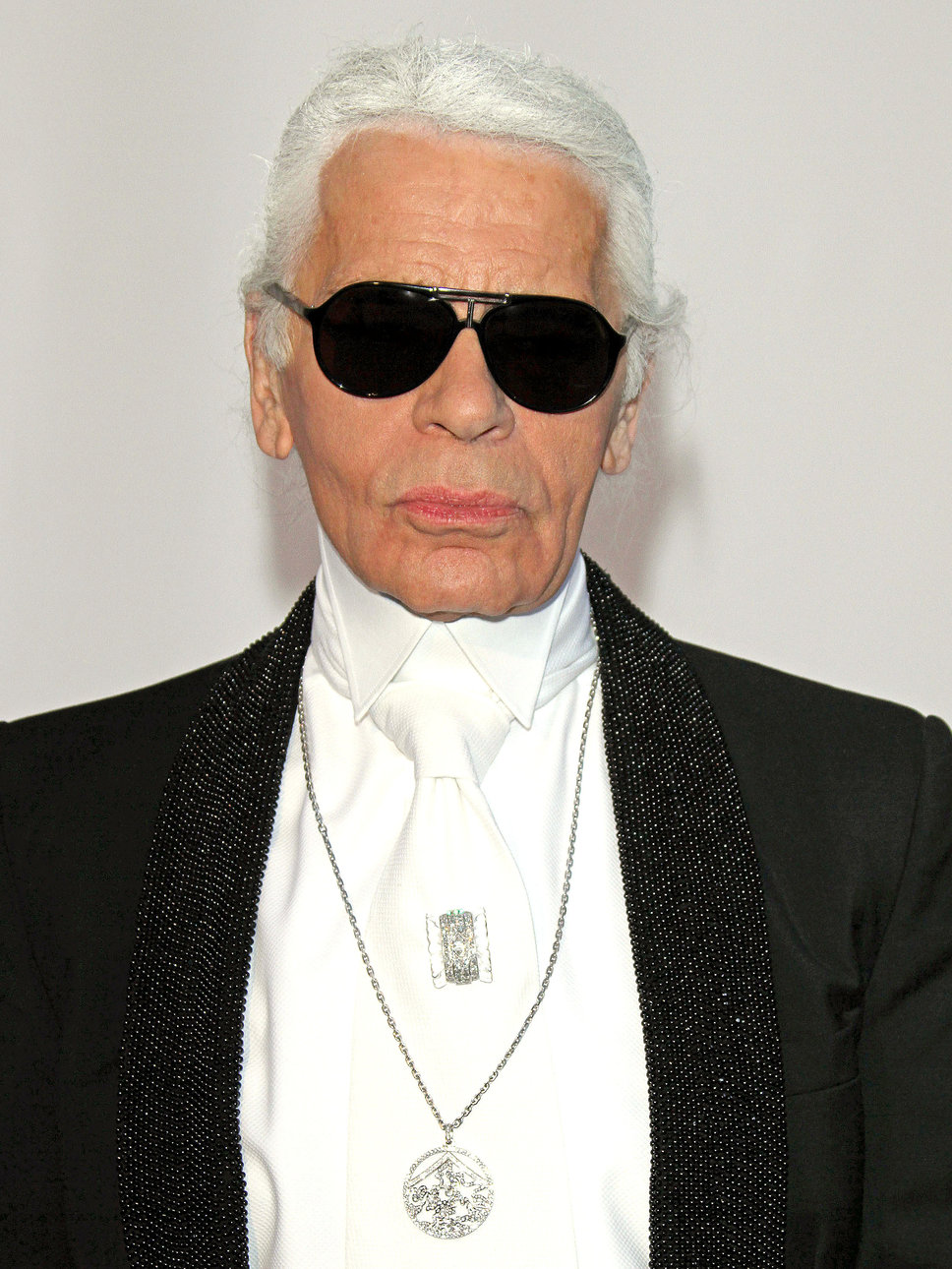 Eniwhere Fashion - Karl Lagerfeld - Customize your sneakers