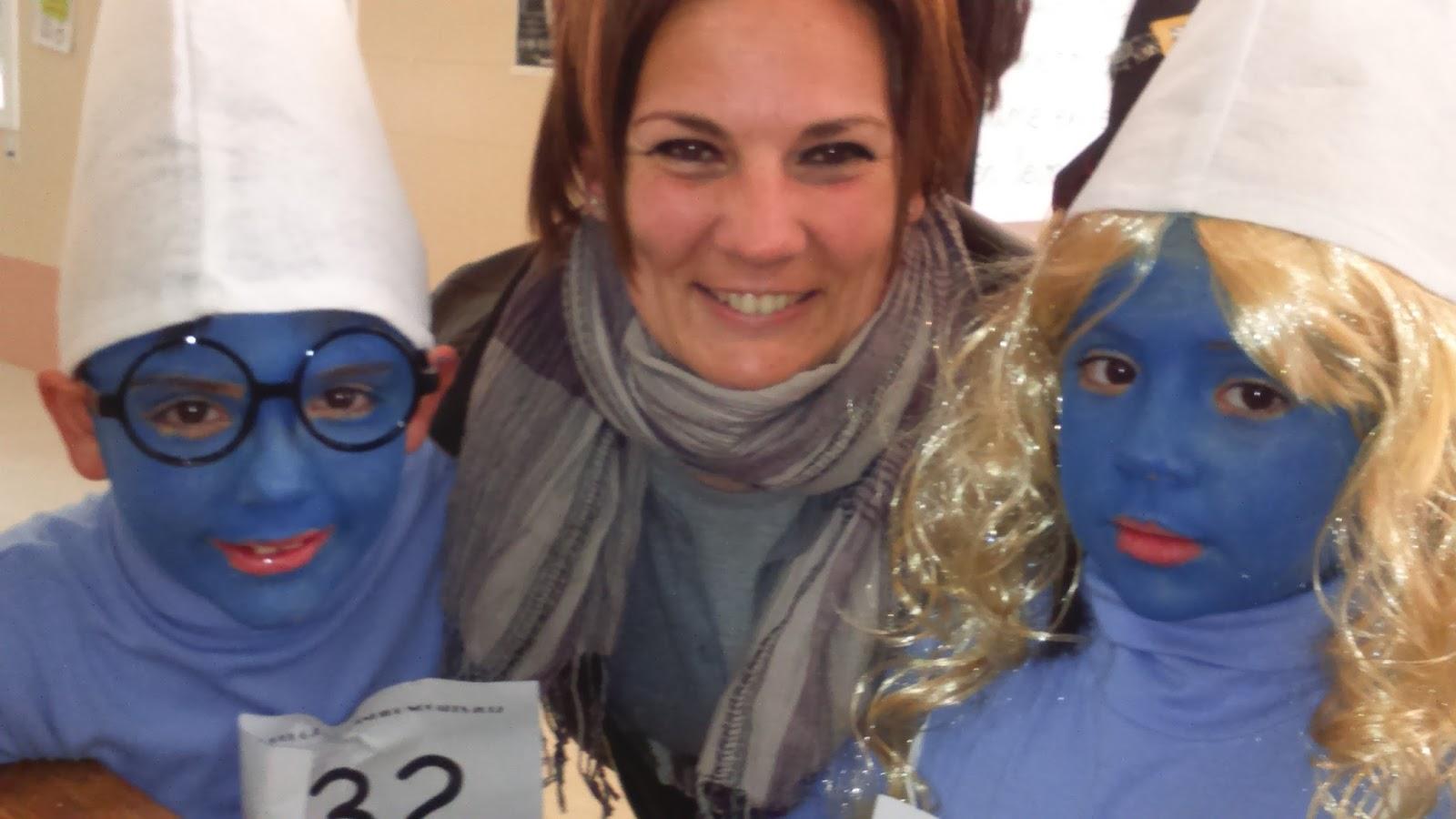 Amanda y luna ayudan a un compañero de clase 6