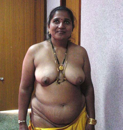 naked chick haa a large package