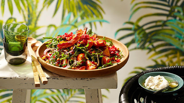 middleeasternspicedchickpeaandpumpkinsalad Middle Eastern chickpea and pumpkin salad with feta recipe