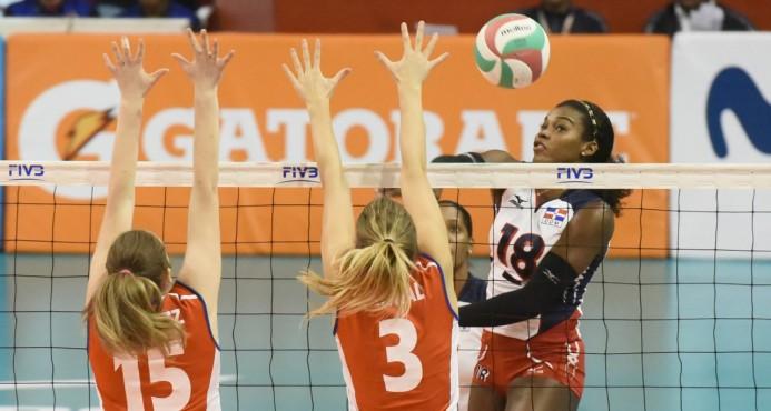 RD vence a Canadá y sigue invicta en Panamericana de Voleibol Femenino
