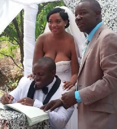 "Bride nearly breaks the Internet with her ""firm"" cleavage"