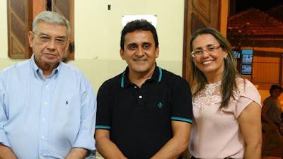 Resultado de imagem para fotos do prefeito naldinho com o senador garibaldi