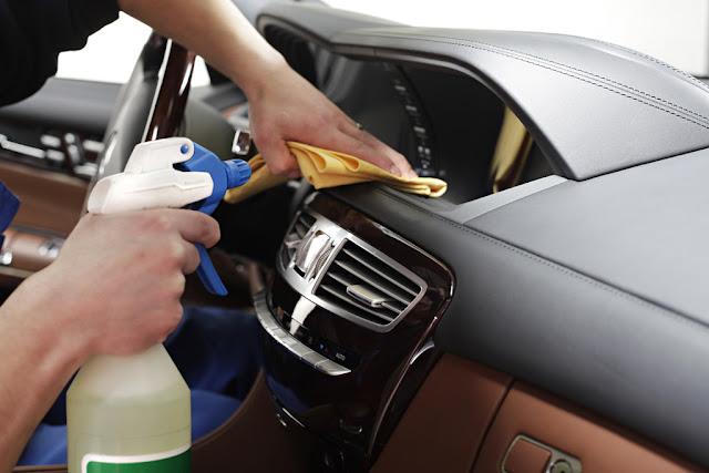 Comment enlever l'odeur du tabac dans une voiture