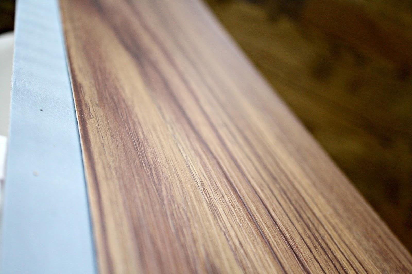 Vinyl flooring looks like wood wood floors for Vinyl flooring that looks like wood planks