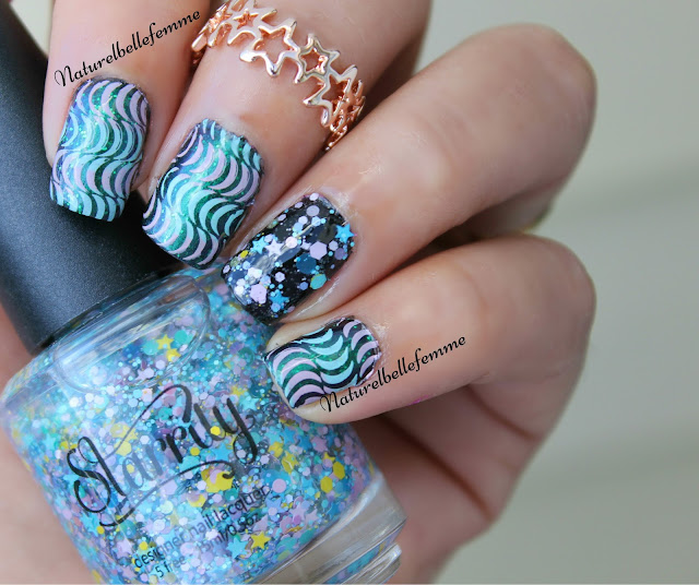 abstract wavy nails
