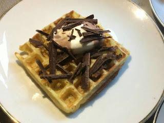 Kue Waffle Spesial Khas Lebaran 2017
