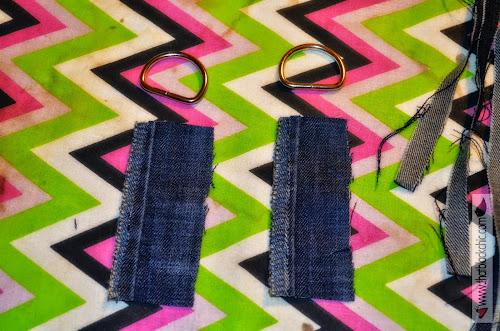 Aprenda a fazer essa bolsa triangular Denin com franjas