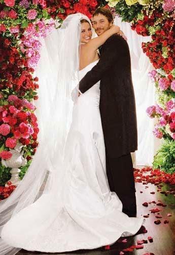 Best Friend makes bride work (bitch) to Britney Spears on wedding day