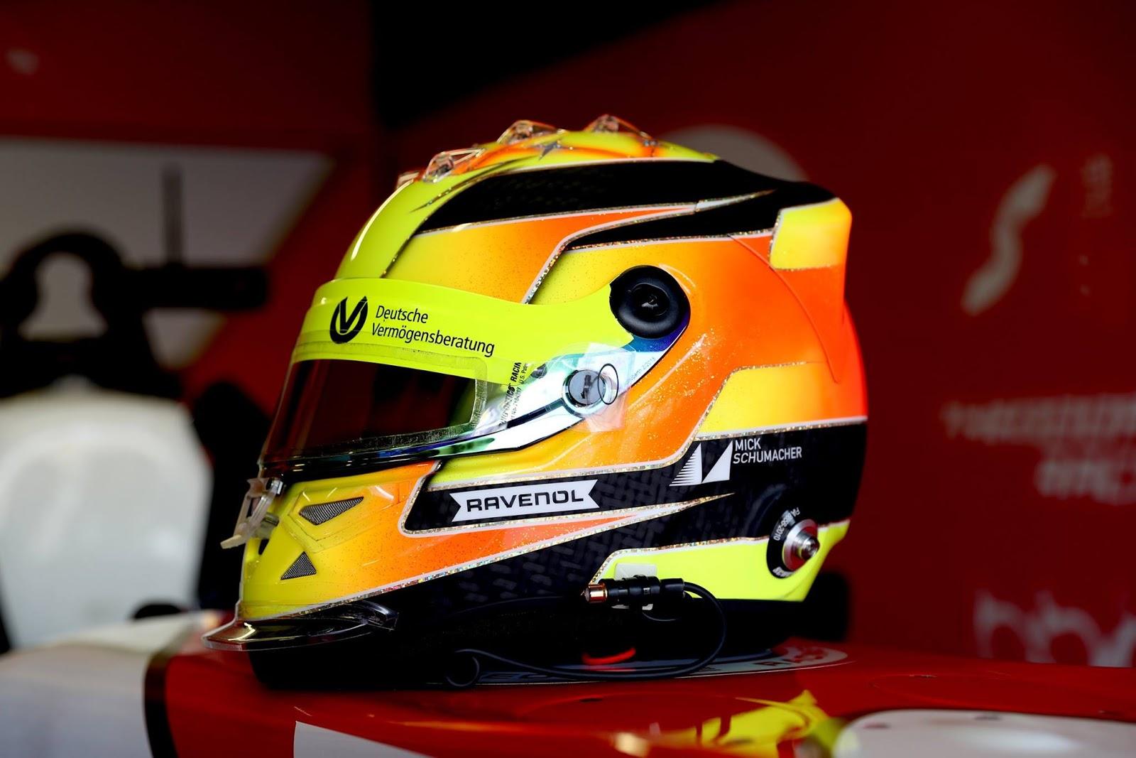 Auto Racing Helmets >> Racing Helmets Garage: Schuberth SF1 Mick Schumacher Macau 2017 by Jens Munser Designs