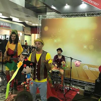 Center Shopping Rio apresenta 'Cantigas de Rock - Especial Natal'