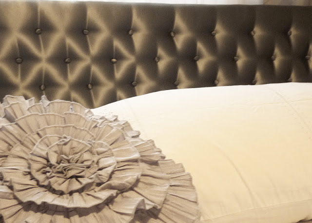 D i y d e s i g n simple tufted headboard for Do it yourself headboards with fabric