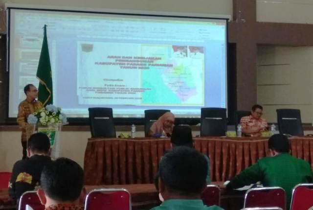 Sekda Padang Pariaman Buka Forum Konsultasi Publik RKPD Tahun 2020, Diiikuti 100 Orang Peserta