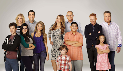 popgoesthearts modern family renewed for two more seasons