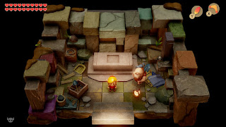 Link standing inside Dampe's Shack, wearing the Red Mail